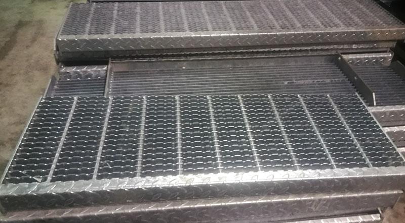 Gradini per scale di sicurezza